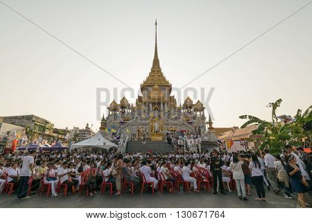 Thai People Pray For 6Th March Uranus Over City
