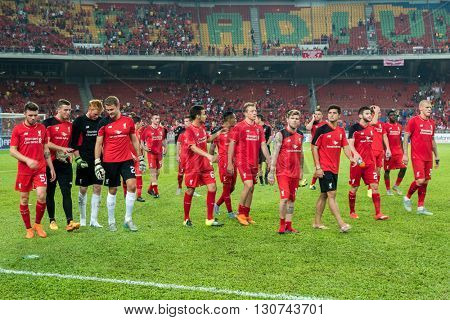 July 24, 2015 - Shah Alam, Malaysia: Liverpool FC's players and officials thank the fans and supporters around the stadium after their match against Malaysia. Liverpool FC from UK is on an Asia tour.