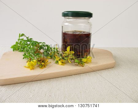 Maceration from St. John's wort flowers in olive oil
