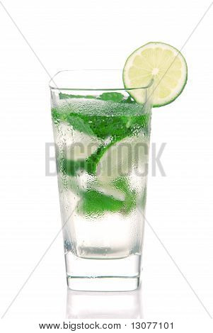 Classic Mojito Cocktail Drink