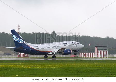 Boeing 737 Nordavia Airlines Landing