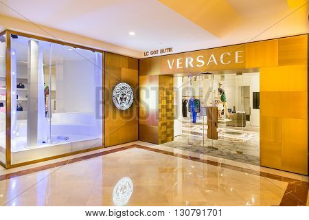Kuala Lumpur, Malaysia, May 20, 2016: The Versace Outlet In Klcc, Kuala Lumpur. Versace Is An Italia