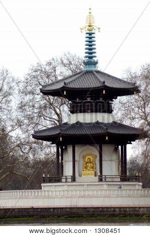 Pagodo In Battersea Park