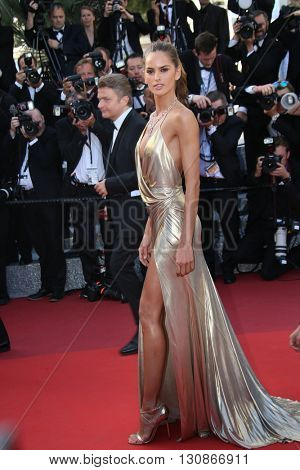 Izabel Goulart attends 'The Last Face' Premiere during the 69th annual Cannes Film Festival at the Palais des Festivals on May 20, 2016 in Cannes, France.