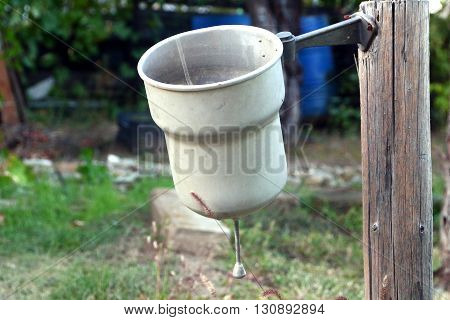 Old garden washbasin to wash your hands after work