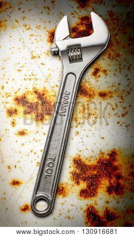 Metallic Spanner