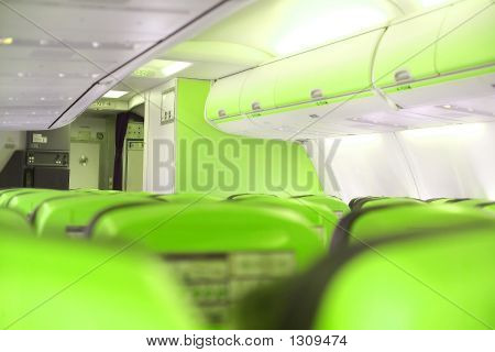 Green Cabine