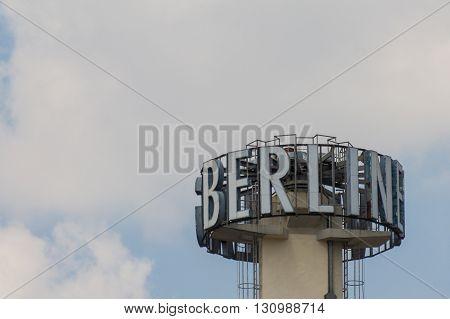 Berlin Verlag Logo - Berlin Text
