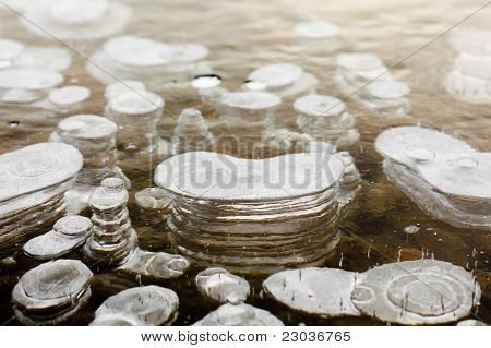 Clear Ice with layered Air Bubbles