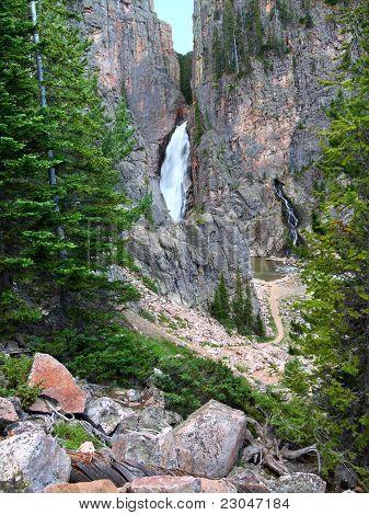 Porcupine Falls Of Wyoming
