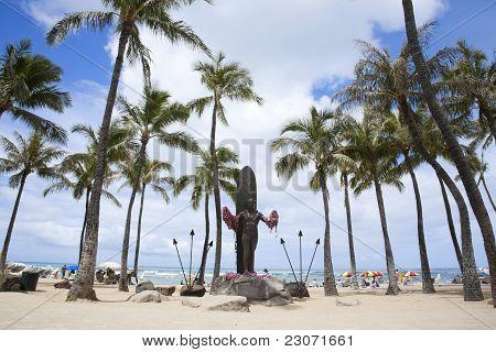 Duke Paoa Kahinu Mokoe Hulikohola Kahanamoku Statue In Waikiki