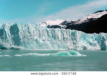 Glacier on Lago Argentino