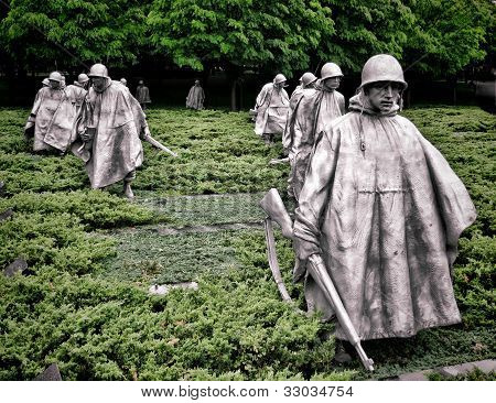 Korean War Veterans Memorial Soldiers Sculptures