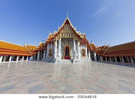 der Marmortempel (Wat Benchamabophit) in Bangkok, thailand