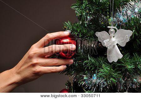 Dress the tree
