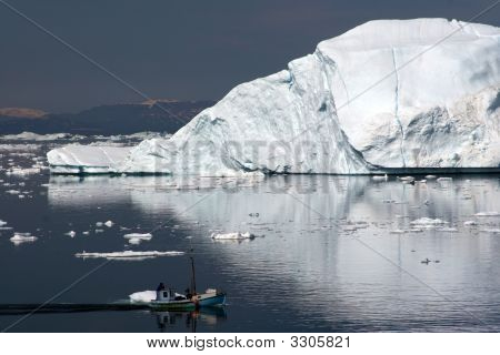 Sailing In The Disco Bay Ilulissat