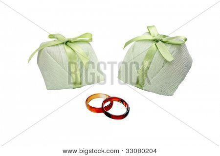 Wedding treat and rings - Bem casado