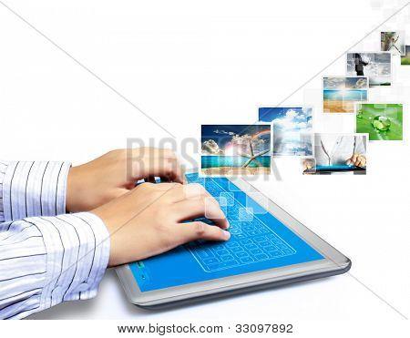 Touch Tablet Konzept Bilder streaming aus der Tiefe isoliert auf weißem Hintergrund