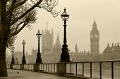 pic of barge  - Big Ben  - JPG