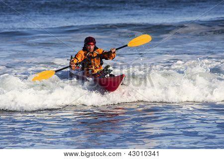 Kayak surfer
