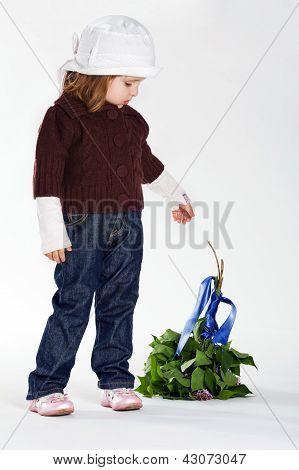 girl threw a bouquet