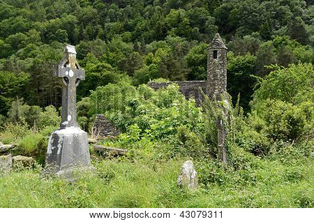 Cruz céltica no cemitério