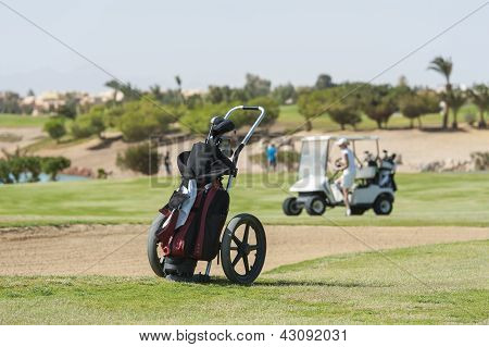 Golf Caddy Trolley auf Fairway