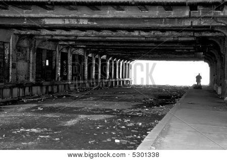 Obdachlose unter Brücke