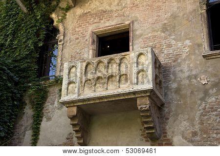 The Balcony Of Romeo And Juliet In Verona