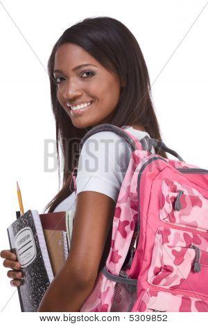 College Student junge Afroamerikaner Frau