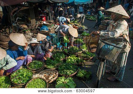 Selling Vegetables In Vietnam