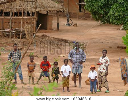 Alto Molocue, Mozambique - 7 December 2008: Most African Family, His Parents And Six Children, Stand