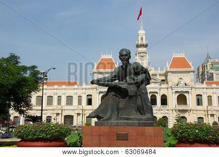 Ho Chi Minh Statue in Saigon
