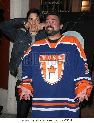 LOS ANGELES - SEP 16:  Justin Long, Kevin Smith at the