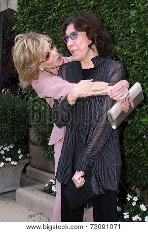 LOS ANGELES - SEP 28:  Jane Fonda, Lily Tomlin at the The Rape Foundation's Annual Brunch at Private Location on September 28, 2014 in Beverly Hills, CA