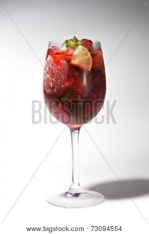 Raspberry Cocktail with Lime and Mint