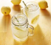 pic of masonic  - homemade lemonade in mason jars - JPG