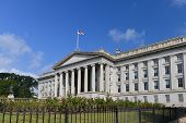 picture of treasury  - The Treasury Department Building in Washington DC  - JPG
