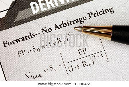 studieren Sie eine fortgeschrittene finanzielle mathematische Formel