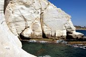 picture of grotto  - Rosh HaNikra  - JPG