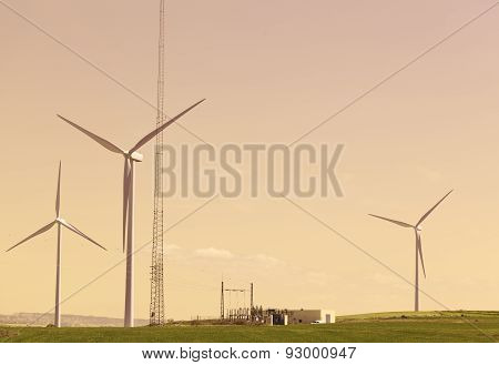 Wind turbines and power generation plant