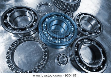 gears, cogs and bearings