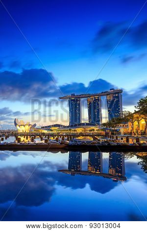 Sunrise In The Morning At Singapore Marina Bay