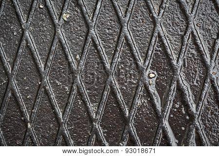 Dirty metal plate