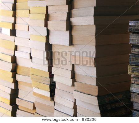 Apilado libros 2