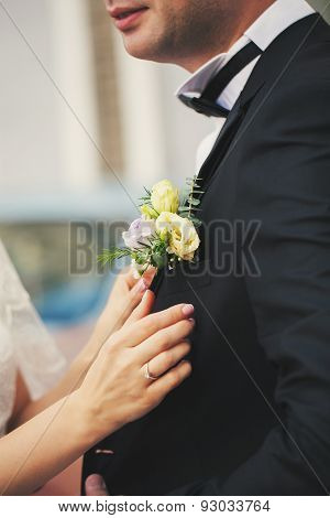 Wife Clings Boutonniere