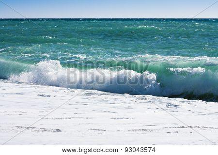 waves at the sea