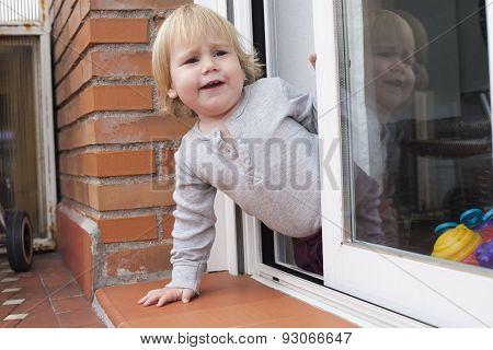 Baby Calling Peering Terrace