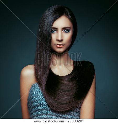 Hair. Beautiful Brunette Girl. Healthy Long Hair. Beauty Model Woman