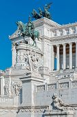 picture of altar  - The Altar Of The Fatherland in rome - JPG